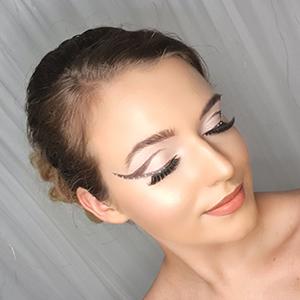 Loxus Hair and Makeup by Maya Jasinska HMUA