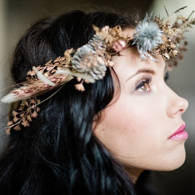 Loxus Hair and Make-up is offering a free trial on weddings taking place in 2022