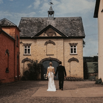 Rustic romance with Leena and Neil