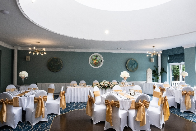 Get married at Manor Parc