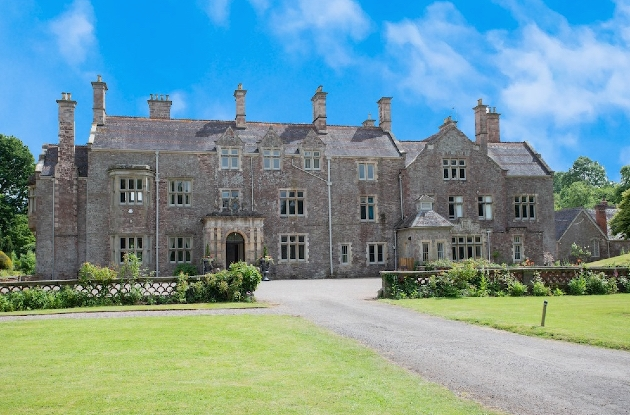 Cefn Tilla Court has recently undergone a refurbishment and is offering a new wedding package