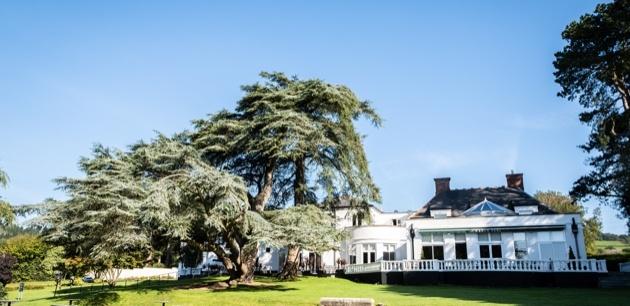 Take a peek inside luxury wedding venue, Manor Parc