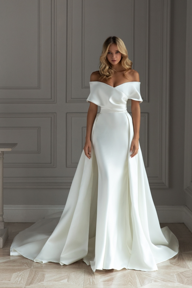 Popular wedding dress designers and styles
